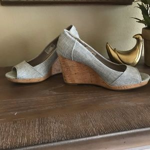 Toms Shoes - Tons light blue jean wedge sandals shoes - size 9